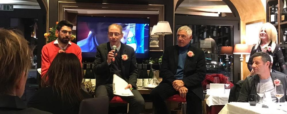 Campioni Di Vini  Moser brinda a Como
