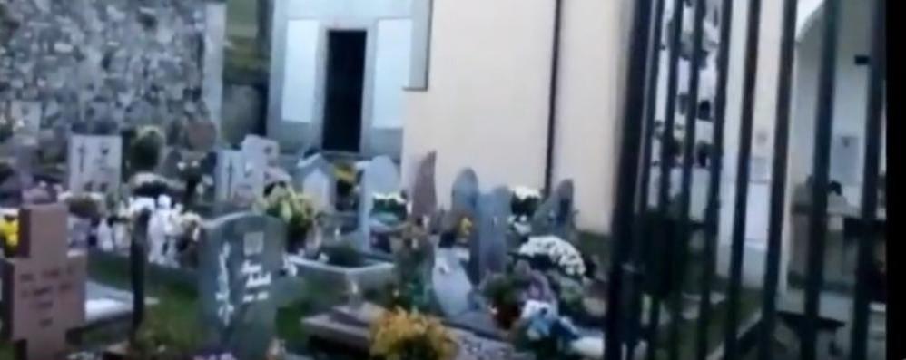 La tomba del ragazzo ucciso finisce sul web, con il commento  Indignati i familiari