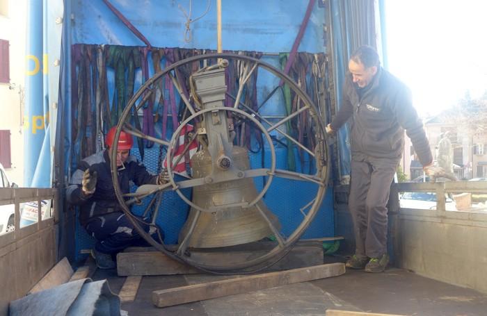La rimozione delle campane