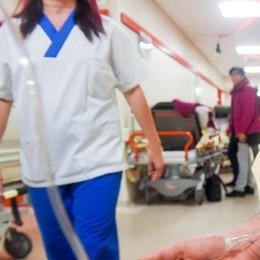 """Influenza, è arrivato il """"picco""""  Gli ospedali rischiano il collasso"""