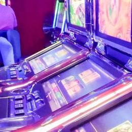 Lomazzo, freno alle slot machine  «Dopo la seconda multa  sospendiamo l'attività»