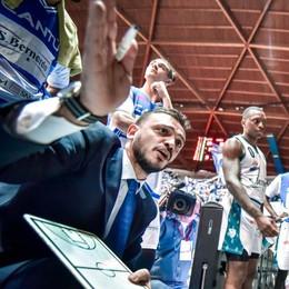 Brienza, buona la prima  Cantù vince con il nuovo coach