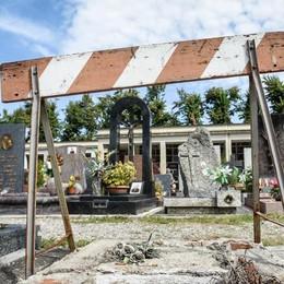 Cimiteri di Como, c'è l'appalto  No da tre ditte del Sud,  lavori a Varese