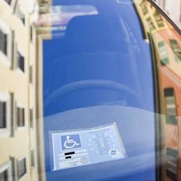 Pass disabili, è lotta agli abusi  «Non abbasseremo la guardia»