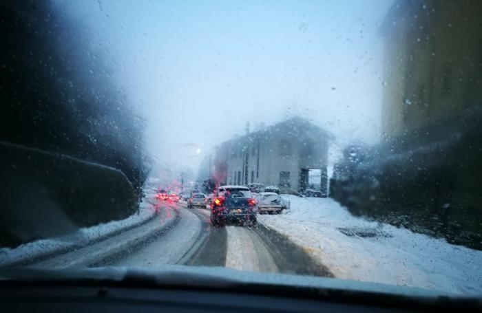 La situazione neve in centro ad Appiano alle 17,15