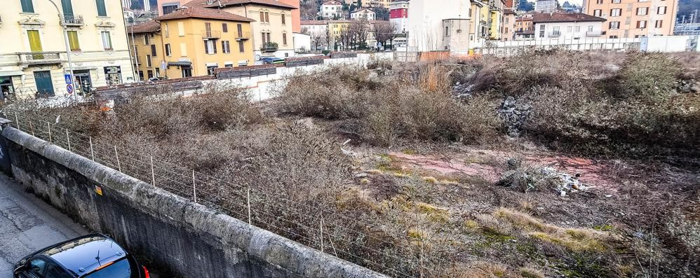 Albergo a Como San Giovanni supermercato  a Ponte Chiasso  Primi ok dal Comune