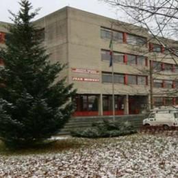 Jean Monnet, 407 nuovi iscritti  Si conferma la scuola più grande