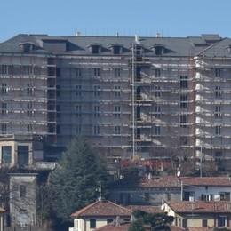 Grand hotel Milano, lavori spediti  Via tutti i ponteggi già in primavera