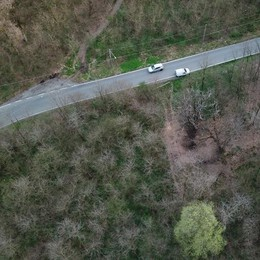 Drone in volo sui parchi di Olgiate  «Controllerà la salute delle piante»