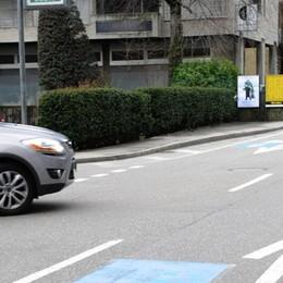 In Italia strade piene di buche  In Ticino 44 milioni per guidare sul velluto
