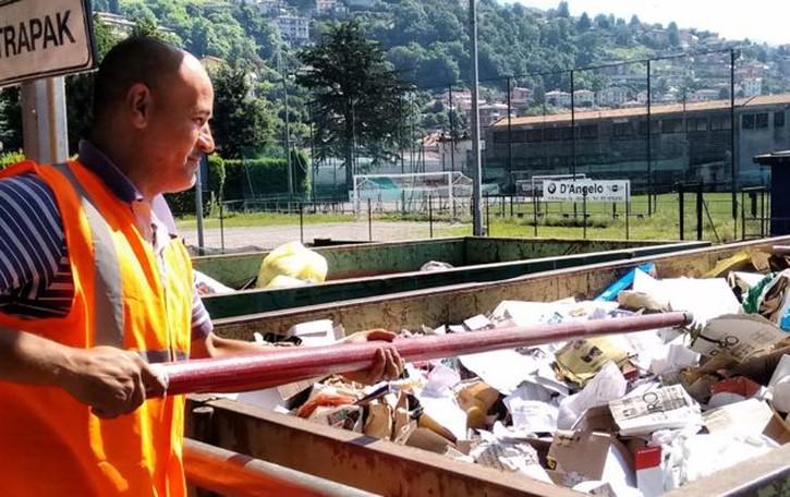 Raccolta dei rifiuti a Maslianico  «Il Comune boicotta i volontari»