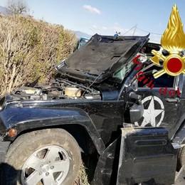 Scontro tra jeep e trattore  Due feriti a Bulgarograsso