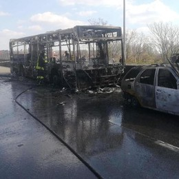 Sul bus del terrore sono i bambini gli eroi  Nascondono il telefono e chiedono aiuto