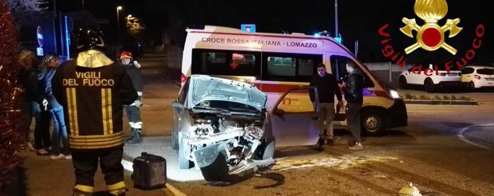 Scontro a Lomazzo Due persone ferite