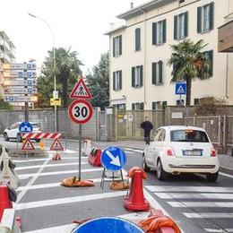 Le strisce di viale Masia  Il cantiere slitta a ottobre
