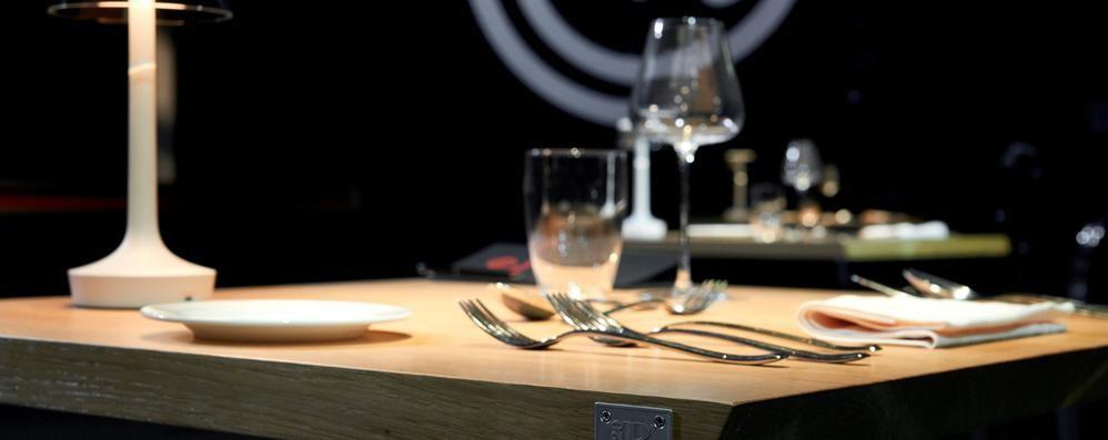 Il design di Cantù a Masterchef  Grazie ai tavoli di Riva 1920