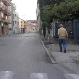 Erba, marciapiedi con rattoppi e buche  Assegnati lavori per 156mila euro