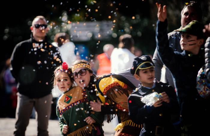Lurate Caccivio sfilata di carnevale
