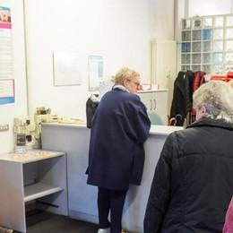 """Reddito di cittadinanza  In coda tanti """"over 50"""""""