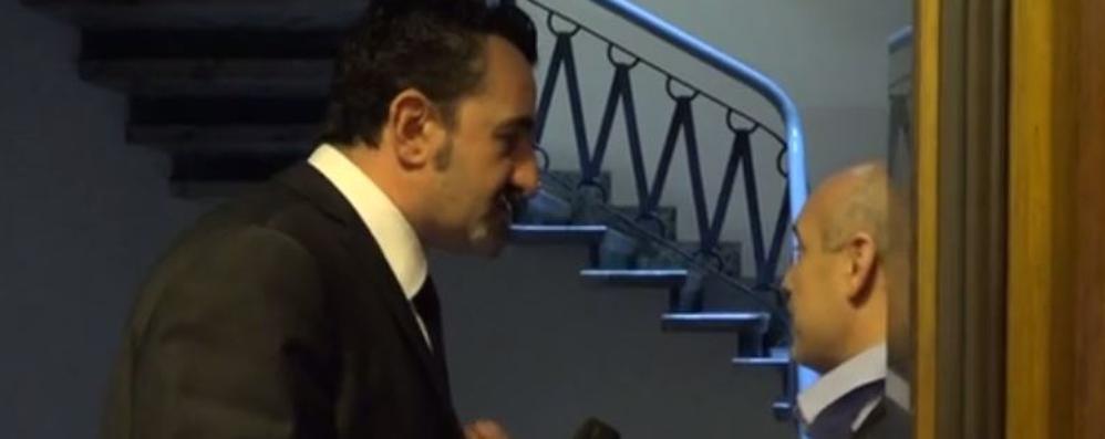 Blitz nello studio legale, Iene sotto accusa  La Procura: «Violazione di domicilio»