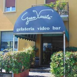 Senna, rapina alla gelateria   con pistola e coltello, 500 euro