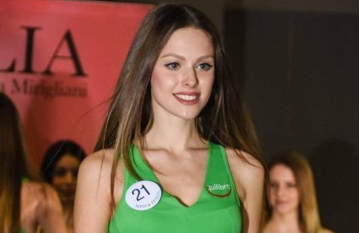 Tavernerio Alessandra Russo, 21 anni, a Miss Italia