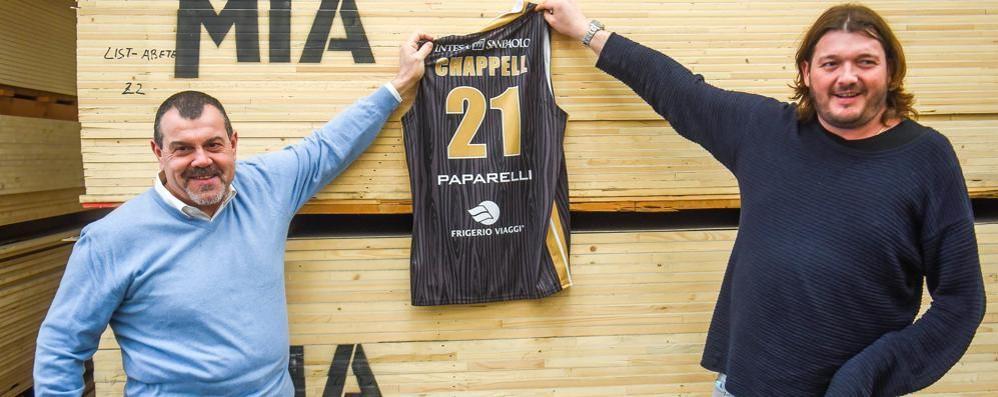 Cantù, Paparelli consigliere e sponsor «Cuore e amore, ci sono sempre stato»