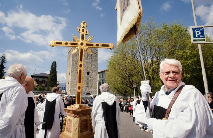 Un momento della processione