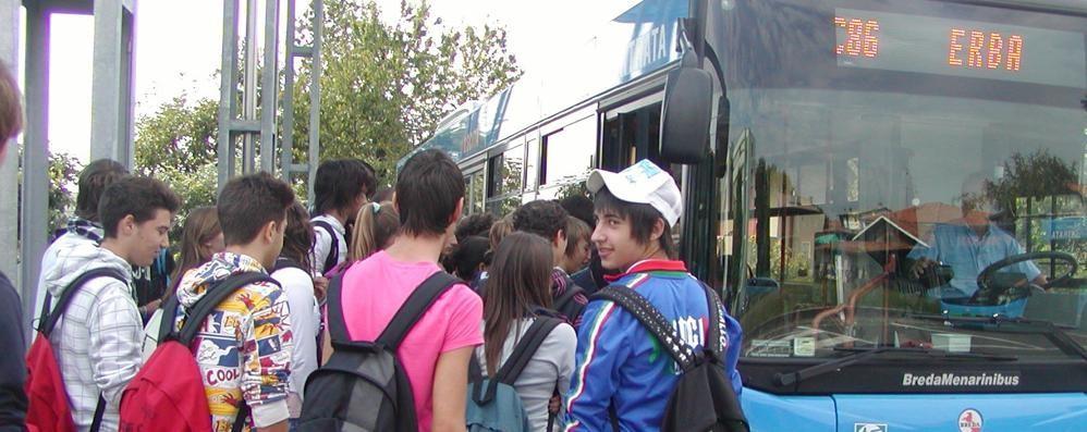 Cantù, hanno vinto gli studenti  Il bus passerà anche da Fecchio