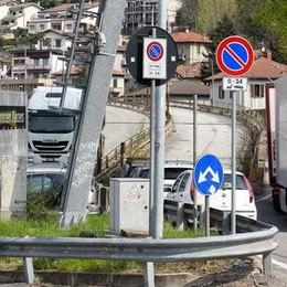 Assedio dei Tir a Ponte Chiasso  «Subito i pannelli anti rumore»