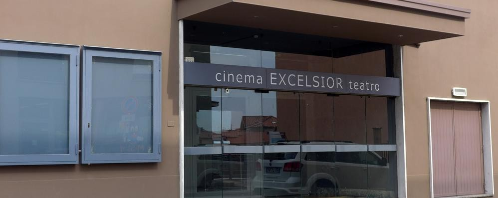 Luci spente all'Excelsior  Erba senza il suo cinema