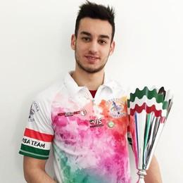 Pinelli, da Cantù arriva nell'olimpo È il più giovane tricolore della storia