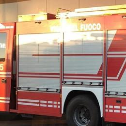Emergenza idrica a Faloppio  Arrivano le autobotti dei pompieri