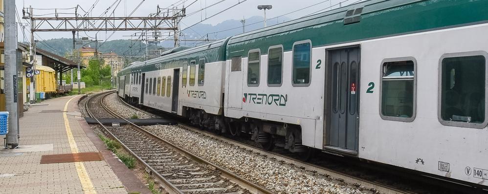 Albate, niente sottopasso  «Prendere il treno  è difficile e pericoloso»