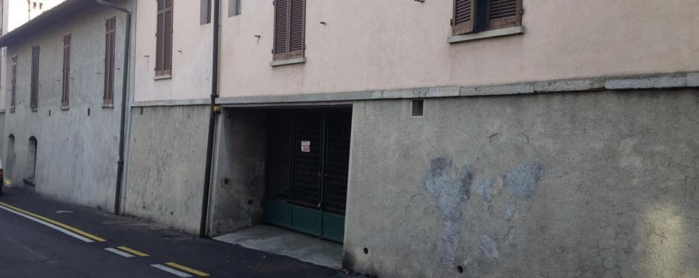 Olgiate, parcheggi a 50 euro al mese  Bando snobbato: ne restano otto