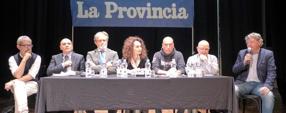 Cantù, candidati a confronto Scintille sulla 'ndrangheta