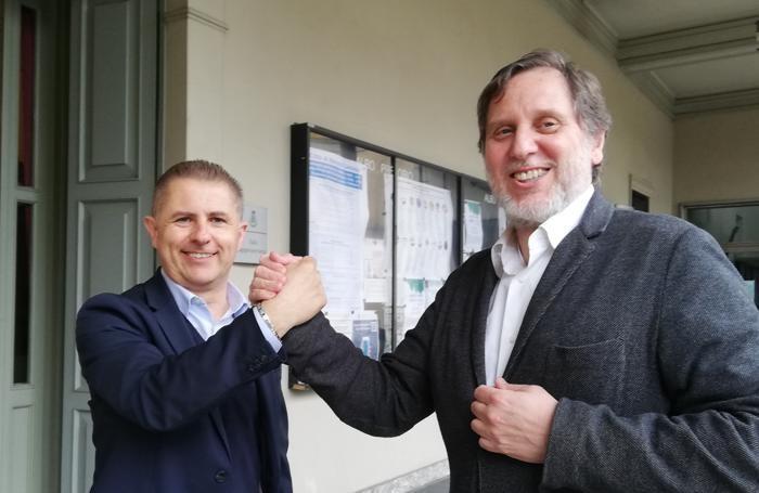 Giovanni Alberti con Alessandro Turati fuori dal municipio di Mariano Comense
