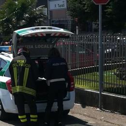 Mozzate, calci e pugni dopo l'incidente   I soccorritori aggrediti e minacciati