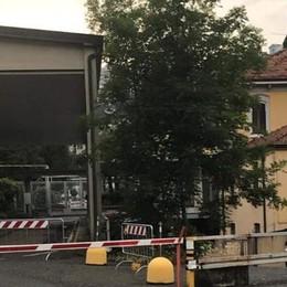 Maslianico, valico chiuso  La leghista ticinese attacca gli italiani