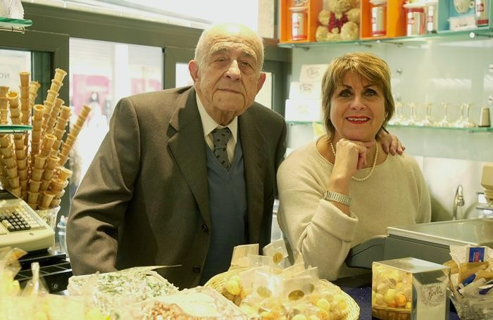 Angelo Carenzio ( ora scomparso ) con la figlia Anna