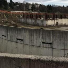 Palazzetto, il Comune batte cassa  «Turra ci deve un milione di euro»