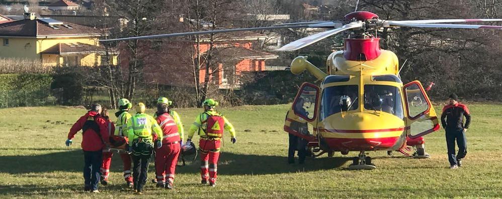 Carlazzo, malore al camping  Turista soccorso in elicottero