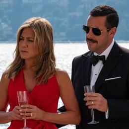 """Ecco """"Murder mystery""""  Lo schermo di Netflix   si accende sul lago di Como"""