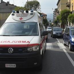 Investimento in via Dante Donna ferita, traffico in tilt