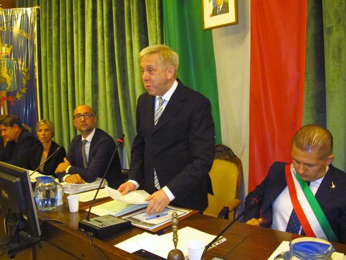MARIANO COMENSE - Claudio Nogara è presidente del consiglio comunale