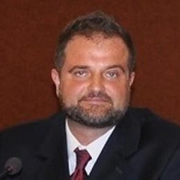 Choc a Capiago,  sindaco con il Daspo  «Non ho fatto nulla»
