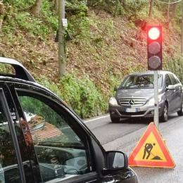 Caos in via Per San Fermo  La strada è rimasta chiusa