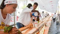 Il panino più lungo (e dolce)  Solo Nutella, per 132 metri