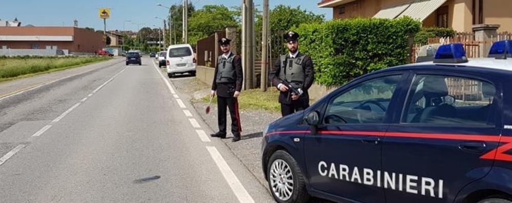 Gasolio, rubati 160 litri dal camion  Allarme di un cittadino: tre arresti