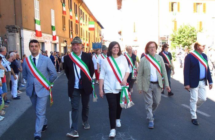 Numerosi anche i sindaci o loro delegati che hanno partecipato alla sfilata di Albavilla